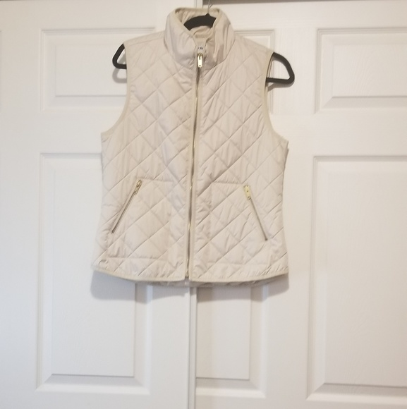 Old Navy Jackets & Blazers - Old navy Cream quilted vest